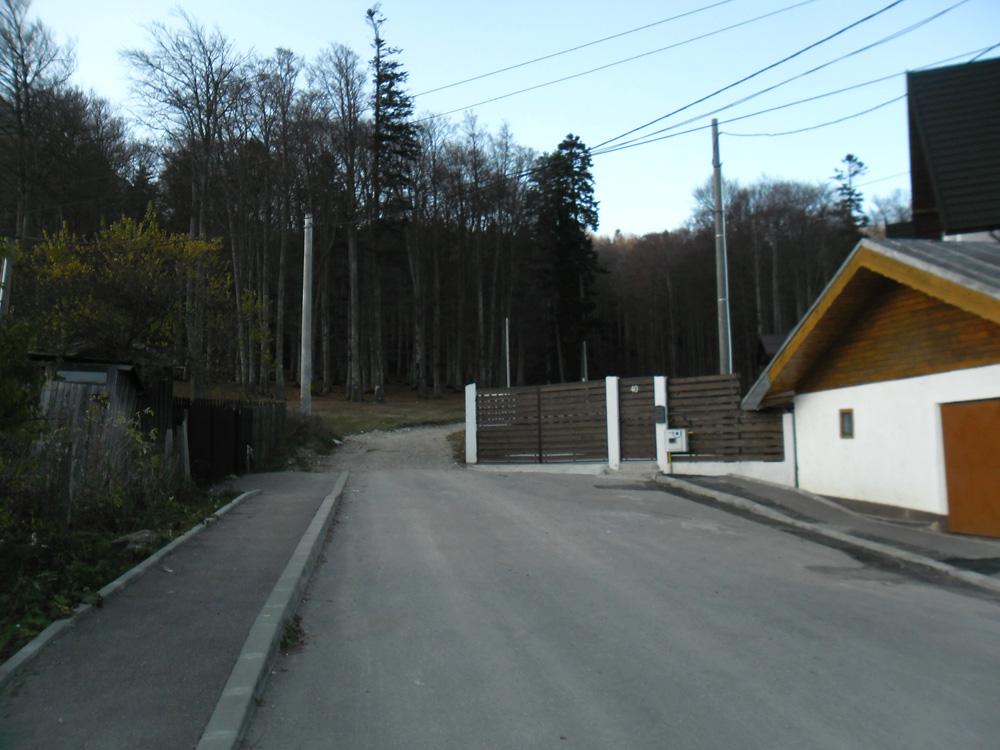 gard-vila-manelist-busteni-caminul-alpin1